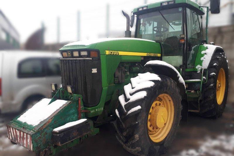 Продажа трактор John Deere 8300 б / у