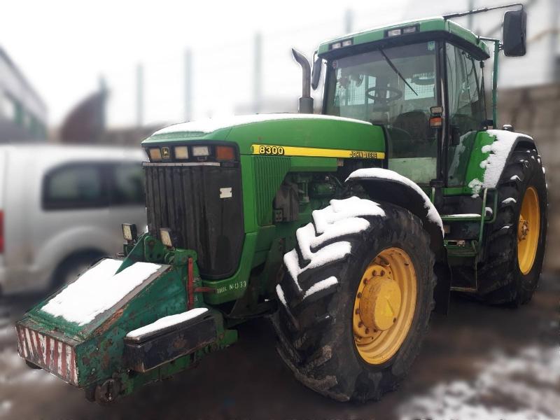 Продажа трактор John Deere 8300 б/у